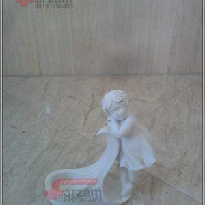 مجسمه فایبرگلاس سارا کوچک